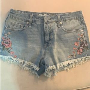 Mossimo Supply Co floral embroidered denim shorts